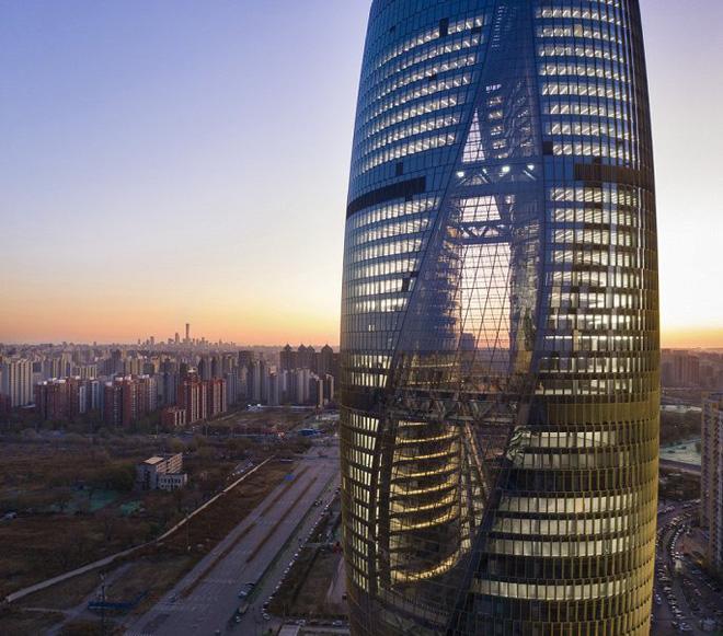 Mục sở thị tòa nhà có giếng trời cao nhất thế giới - Ảnh 1.