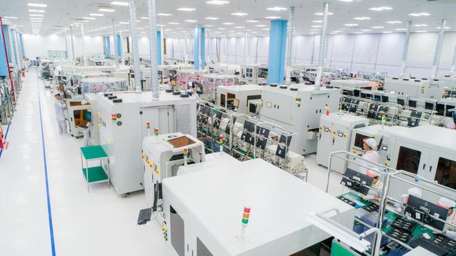 Cận cảnh nhà máy mang tham vọng sản xuất điện thoại cho người Mỹ của VinSmart - Ảnh 3.