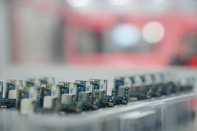 Cận cảnh nhà máy mang tham vọng sản xuất điện thoại cho người Mỹ của VinSmart - Ảnh 6.