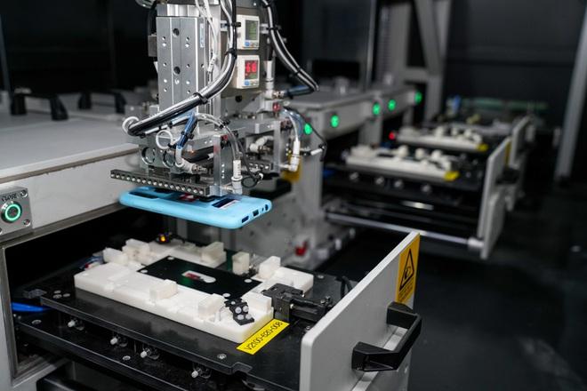 Cận cảnh nhà máy mang tham vọng sản xuất điện thoại cho người Mỹ của VinSmart - Ảnh 9.