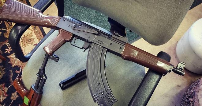 Khám phá biến thể AK độc nhất vô nhị ở Syria: Kho báu mà khủng bố cũng không biết? - Ảnh 2.