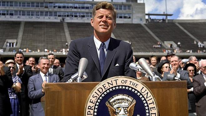 Sau vụ TT Kennedy bị ám sát gây chấn động thế giới, Liên Xô như ngồi trên đống lửa, vì sao? - Ảnh 2.
