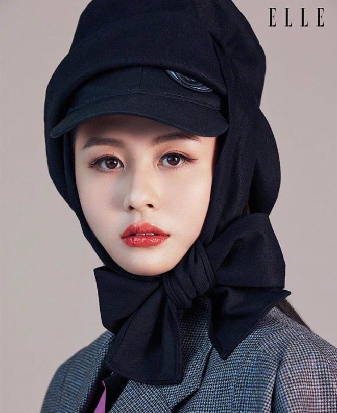 Cận cảnh nhan sắc tuổi 20 của con gái nữ thần phim nóng Khâu Thục Trinh - Ảnh 4.
