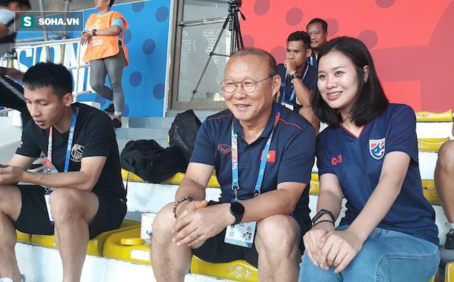 Thầy Park thân thiện với CĐV xứ Chùa vàng khi đưa Hùng Dũng đi nghiên cứu Thái Lan, Indo