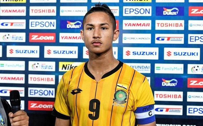 """Sau scandal """"tự ý vào sân"""", cầu thủ giàu nhất Brunei lại vướng ầm ĩ nhập viện vì dị ứng"""