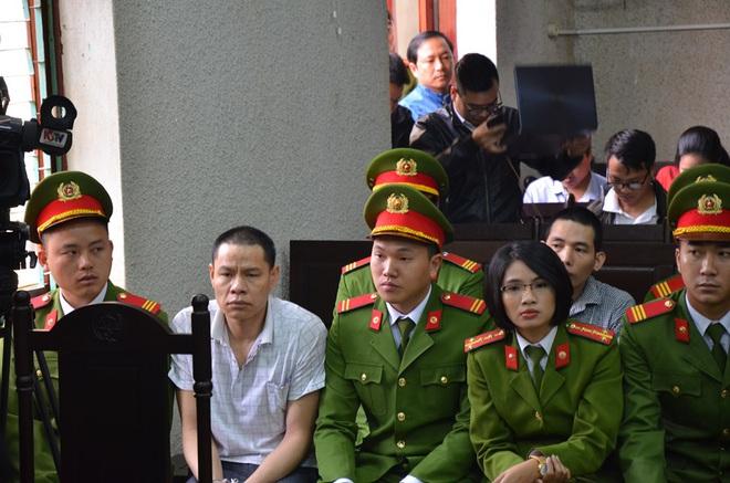 Mẹ nữ sinh giao gà ở Điện Biên bị tuyên 20 năm tù, 2 vợ chồng Vì Thị Thu lĩnh án chung thân - Ảnh 25.