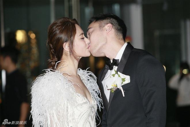 Mỹ nhân Hong Kong bị tung ảnh nóng: Kết hôn vẫn khốn đốn vì chồng mang tiếng lăng nhăng - Ảnh 8.