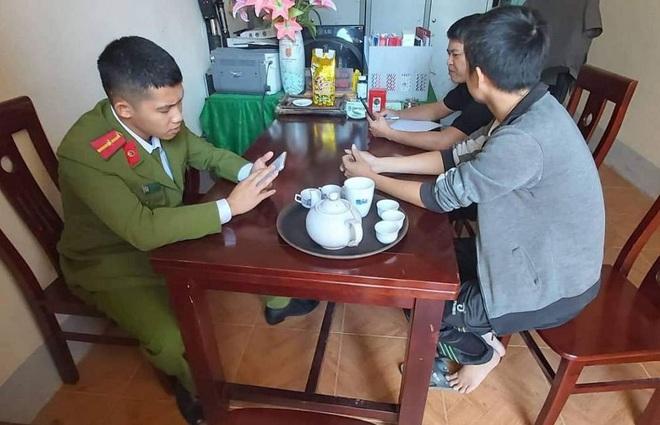 Không có vụ bắt cóc cháu bé bỏ vào thùng ở Nghệ An như tin đồn - Ảnh 2.