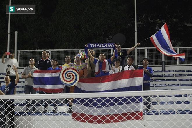 Hủy diệt Brunei, CĐV đặc biệt nhất Thái Lan hào hứng hẹn Việt Nam ở chung kết SEA Games - Ảnh 4.