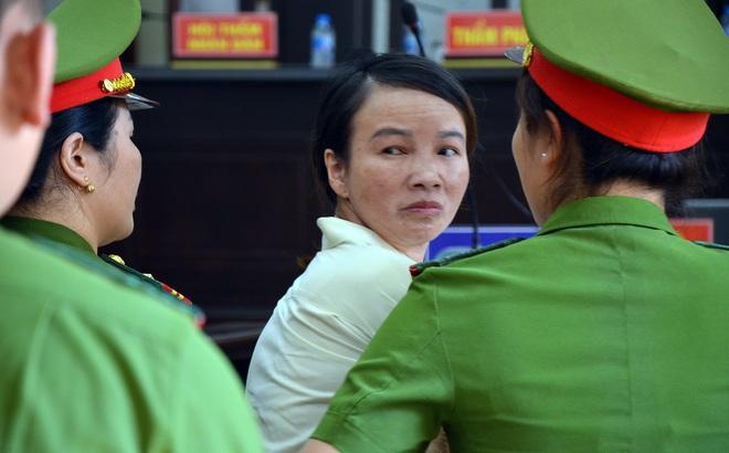 Vụ xử mẹ nữ sinh giao gà: Vợ - chồng khai bất nhất, Trần Thị Hiền kêu gọi mọi người cho vay tiền