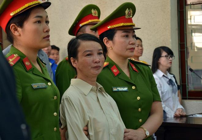 Vụ xử mẹ nữ sinh giao gà: Vợ - chồng khai bất nhất, Trần Thị Hiền kêu gọi mọi người cho vay tiền - Ảnh 1.