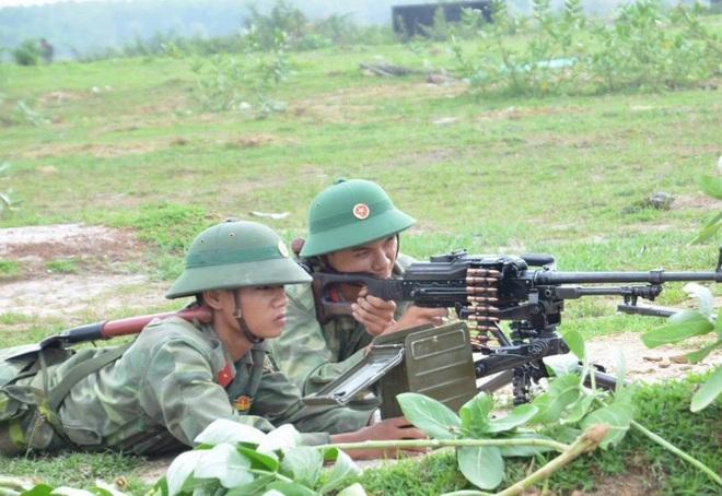 Chiến trường K: Bắt sống thiết giáp Chính phủ Polpot - Để sổng Đồ tể Tà Mốc và vợ trùm diệt chủng Iêng Sary - Ảnh 2.