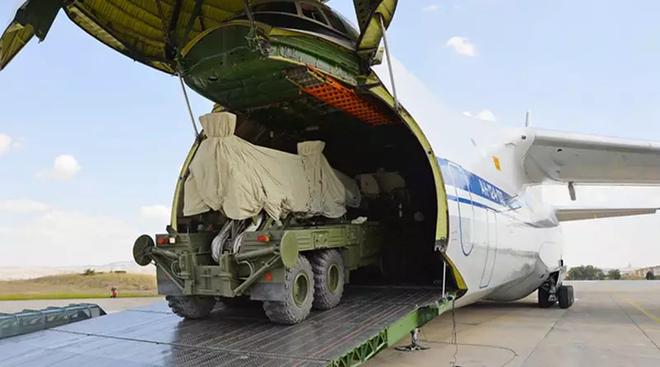 Mỹ tuốt gươm khỏi vỏ quyết xử S-400, Nga có giúp được Thổ Nhĩ Kỳ qua cơn hoạn nạn? - Ảnh 1.