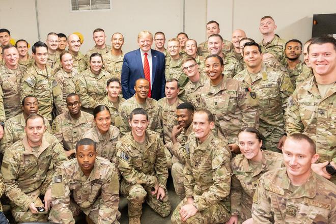 Tiết lộ hậu trường chuyến đi bí mật đến Afghanistan của TT Trump: Kế hoạch đánh lừa dư luận hoàn hảo - Ảnh 4.