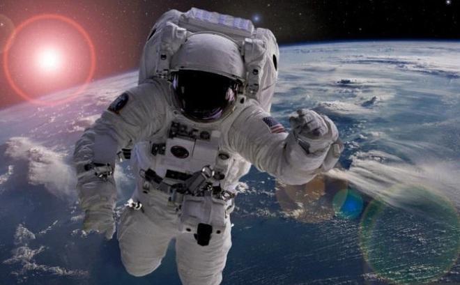Hiện tượng kỳ quái các phi hành gia gặp phải khi lơ lửng ngoài vũ trụ