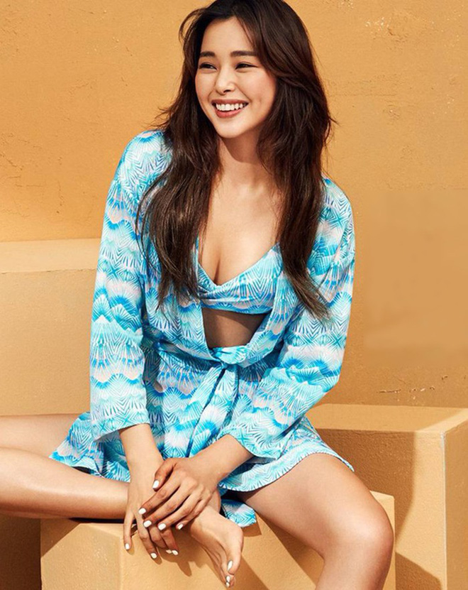 Vẻ đẹp nóng bỏng của Hoa hậu đẹp nhất Hàn Quốc là tiến sĩ âm nhạc, có xuất thân danh giá - Ảnh 5.