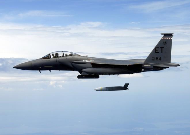Top 10 tên lửa không đối đất khủng nhất thế giới: Có tên Việt Nam - Ảnh 1.
