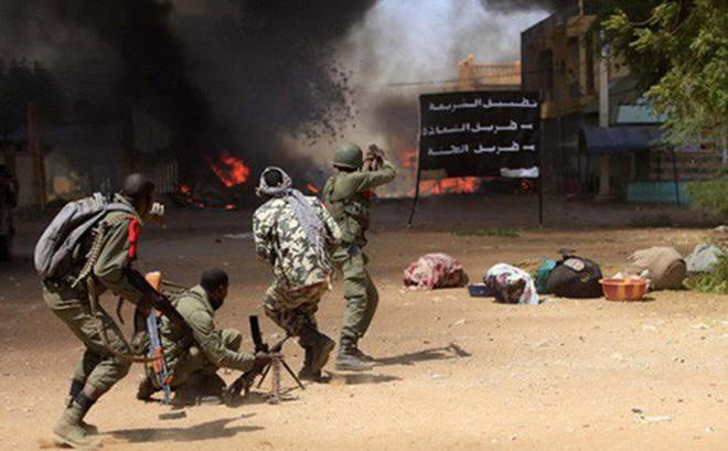 Đánh bom Mali, IS phô trương thanh thế sau cái chết của thủ lĩnh