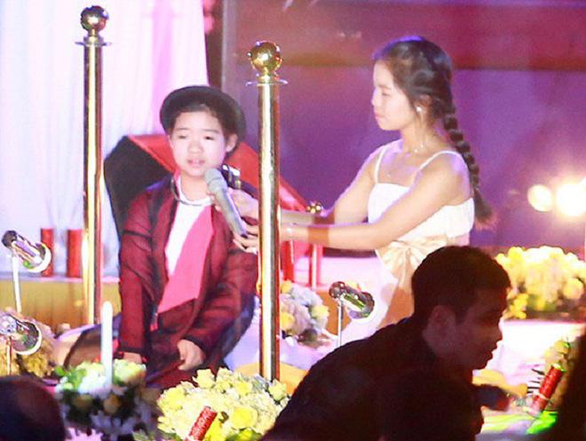 Cuộc sống của con trai Chế Linh sau 4 năm kết hôn cùng Thanh Thanh Hiền - Ảnh 3.