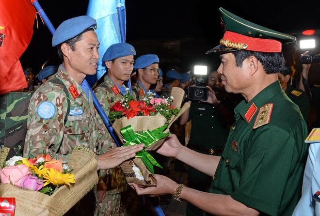 Bệnh viện Dã chiến cấp 2 số 1 của Việt Nam hoàn thành nhiệm vụ về nước an toàn - Ảnh 7.
