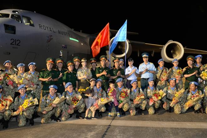 Bệnh viện Dã chiến cấp 2 số 1 của Việt Nam hoàn thành nhiệm vụ về nước an toàn - Ảnh 8.