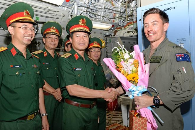 Bệnh viện Dã chiến cấp 2 số 1 của Việt Nam hoàn thành nhiệm vụ về nước an toàn - Ảnh 9.