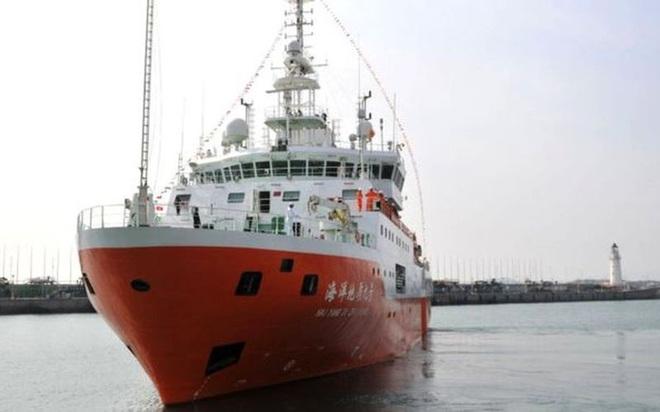 Học giả Mỹ: Phải phản đối hành vi sai trái của Trung Quốc ở Biển Đông - Ảnh 2.