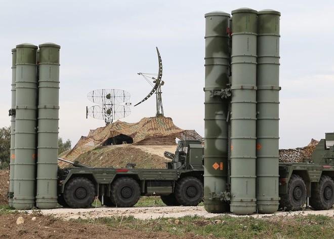 Xe quân sự Mỹ bị tấn công tới tấp, S-300, S-400 Nga tê liệt trên toàn lãnh thổ Syria - Ảnh 24.