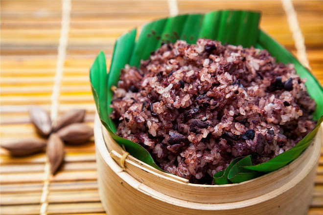 Loại quả đen xì, xấu xí nhưng giá đắt hơn thịt: Nấu gì cũng ngon lại có công dụng chữa được đủ thứ bệnh - Ảnh 4.