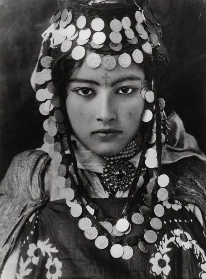 Loạt ảnh chứng minh nhan sắc đỉnh cao của phụ nữ thời xưa - Ảnh 6.