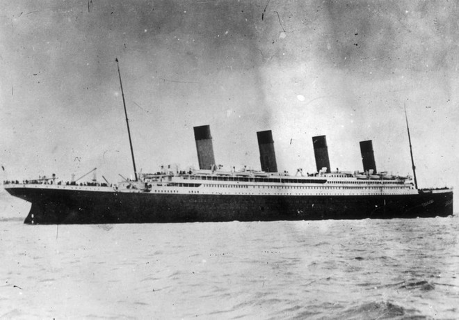 4 cột khói của tàu Titanic không có công dụng gì cả. Chúng chỉ được thêm vào để khiến con tàu trông đẹp hơn.