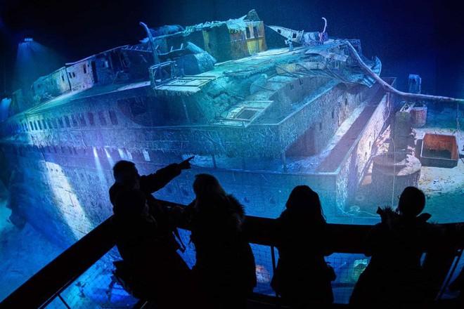 Phải mất tới 73 năm, xác tàu Titanic mới được tìm thấy.