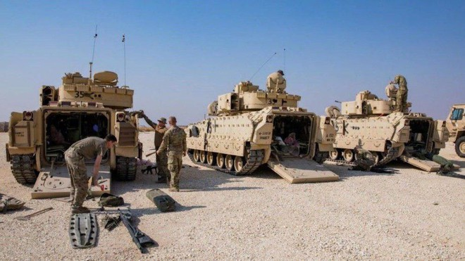 Xe quân sự Mỹ bị tấn công tới tấp, S-300, S-400 Nga tê liệt trên toàn lãnh thổ Syria - Ảnh 15.