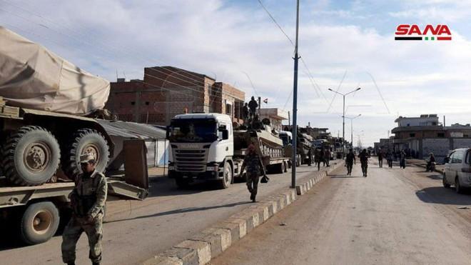 Xe quân sự Mỹ bị tấn công tới tấp, S-300, S-400 Nga tê liệt trên toàn lãnh thổ Syria - Ảnh 12.