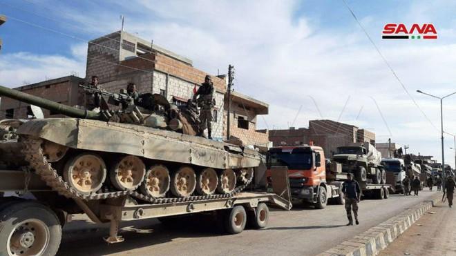 Xe quân sự Mỹ bị tấn công tới tấp, S-300, S-400 Nga tê liệt trên toàn lãnh thổ Syria - Ảnh 13.