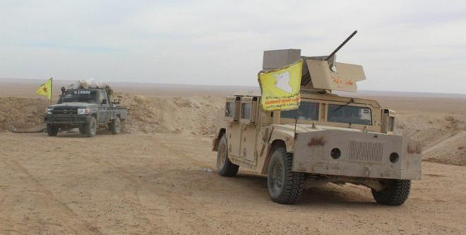 Xe quân sự Mỹ bị tấn công tới tấp, S-300, S-400 Nga tê liệt trên toàn lãnh thổ Syria - Ảnh 9.