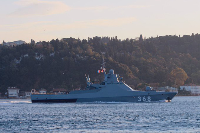 Tàu chiến, máy bay tiêm kích Nga ồ ạt xuất kích và phóng đạn ở Đông Địa Trung Hải - Syria sôi sục - Ảnh 14.