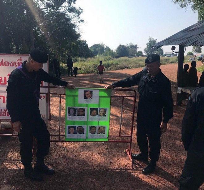 Tạm thời đóng cửa các cửa khẩu phụ dọc biên giới Campuchia-Thái Lan - Ảnh 1.