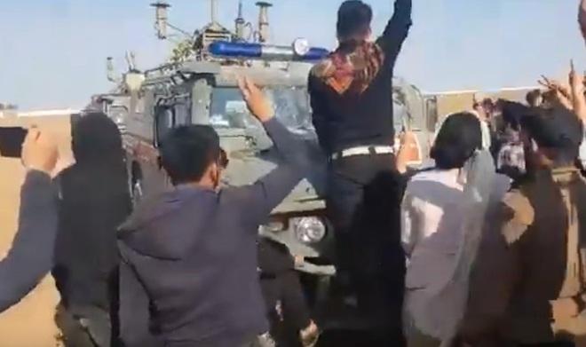Tàu chiến Nga nã pháo rung chuyển Địa Trung Hải, quân cảnh ở Syria bị tấn công tới tấp - Người Kurd trở cờ - Ảnh 16.