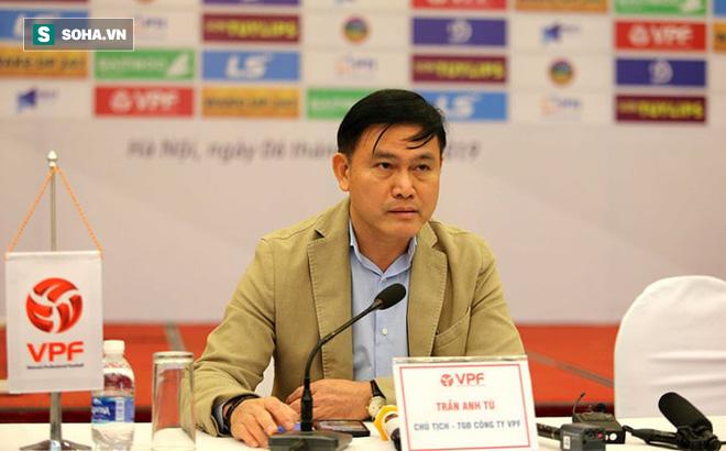 Lộ lý do Văn Quyết liên tục tỏa sáng nhưng vẫn lỡ danh hiệu Cầu thủ xuất sắc nhất V.League