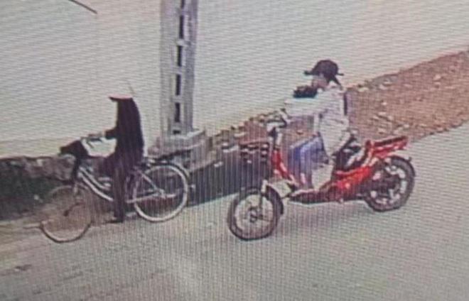 Bà nội sát hại cháu ở Nghệ An: Nghi phạm cho rằng cả 2 bố con nạn nhân đều hỗn láo? - Ảnh 1.