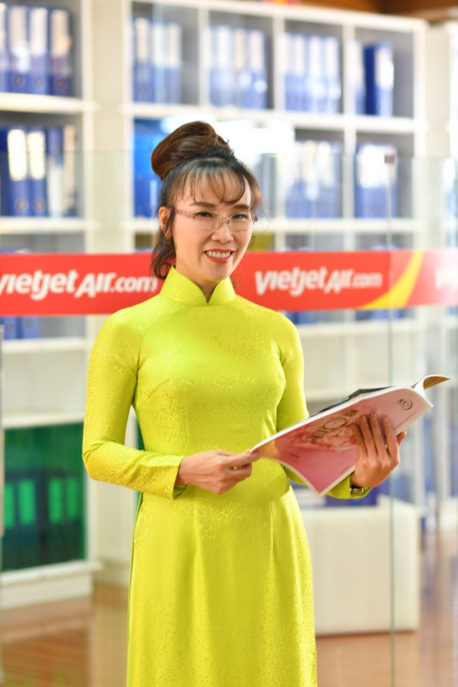 Tổng Giám đốc Vietjet được bình chọn là APAC CEO của năm 2019 - Ảnh 1.