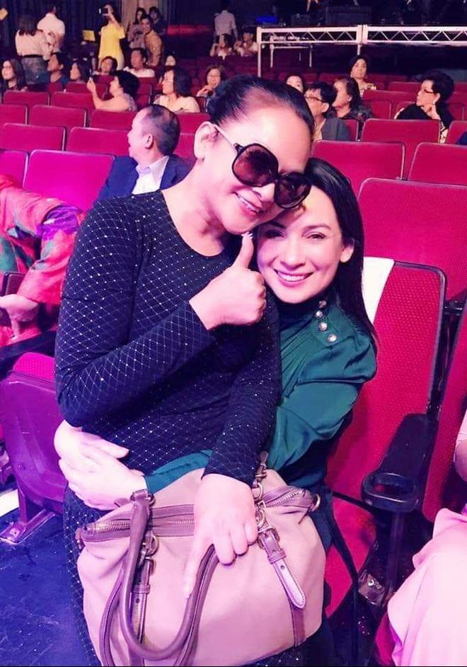 Tình bạn bền đẹp của 2 nữ hoàng bolero Như Quỳnh - Phi Nhung - Ảnh 1.