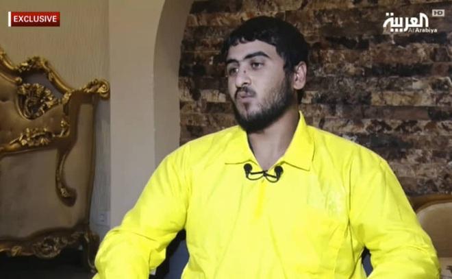 Số phận tháo chạy thảm hại của trùm khủng bố IS: Đeo bom cả ngày, bị bệnh tật giày vò đau đớn cùng cực - Ảnh 1.