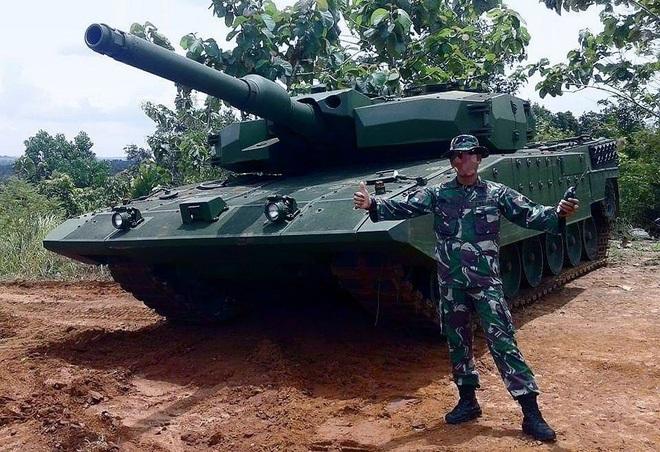 Xe tăng mạnh nhất Đông Nam Á khẹt lửa thị uy - Ảnh 1.