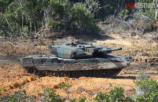 Xe tăng mạnh nhất Đông Nam Á khẹt lửa thị uy - Ảnh 14.