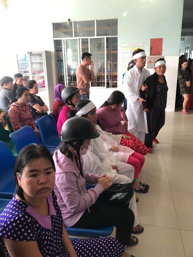 Vụ thanh niên đột ngột tử vong khi nhập viện: Bệnh viện xin lo mọi chi phí - Ảnh 2.