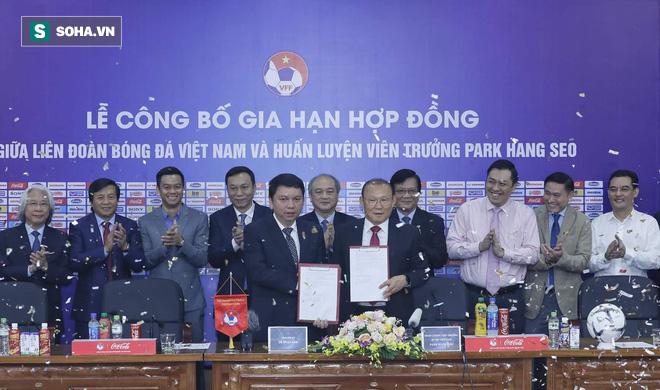 Sau lời Cảm ơn bầu Đức là cảm xúc vừa mừng vừa lo của thầy Park về tương lai tại Việt Nam - Ảnh 1.
