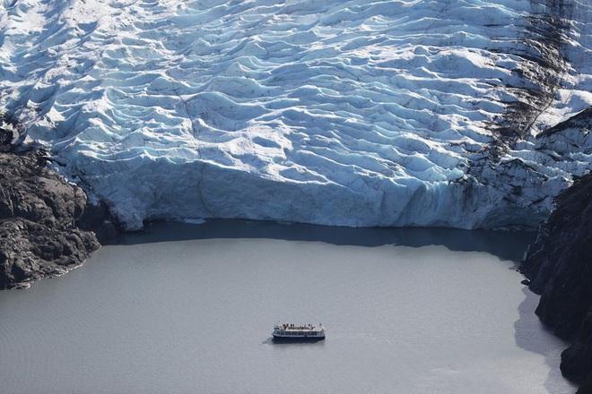 Những hình ảnh đáng báo động về sự biến mất của các dòng sông băng - Ảnh 2.