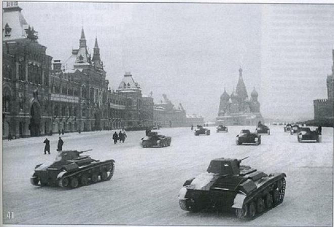 Kế hoạch bắt sống Stalin và cuộc duyệt binh huyền thoại - Ảnh 3.